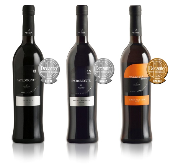 premios VAldivia Decanter World Wine 2011 - copia