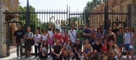 ALUMNOS DE LA UNIVERSIDAD DE VERANO RAMON LLULL PARTICIPAN EN UNA JORNADA FORMATIVA SOBRE EL VINO EN LAS CAVAS CODORNIU