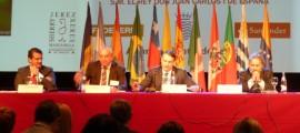 3-Foro-Iberoam-mesa-entorno-economico.JPG