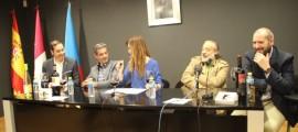 De izda a Drcha Ramon Sanchez, Jesus Marquina, Rhodelinda Julian, Manolo de la Osa, David Alcántara