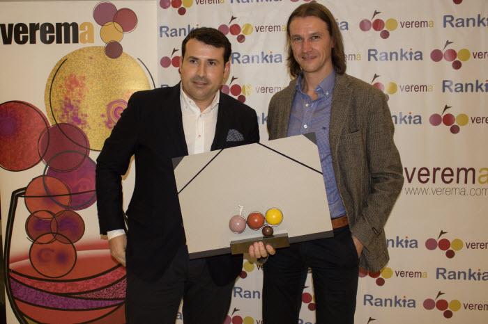 Pablo Ossorio recogiendo premios Verema