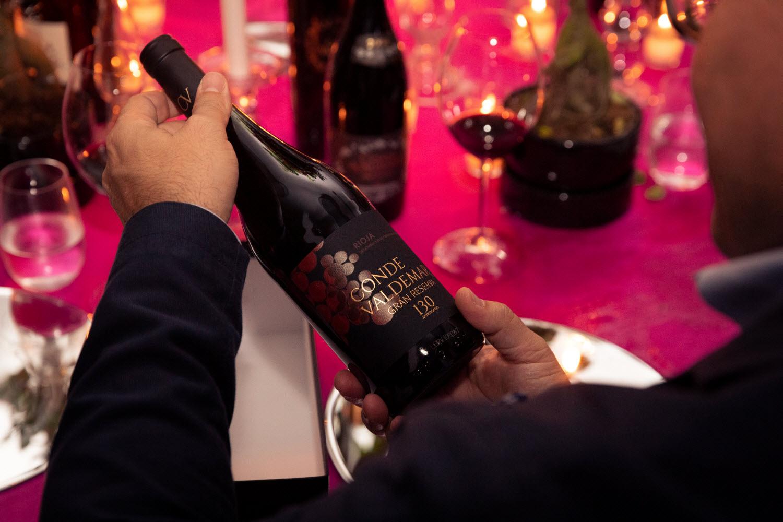 Bodegas Valdemar y el asistente virtual Alexa se unen para llevar el vino a casa